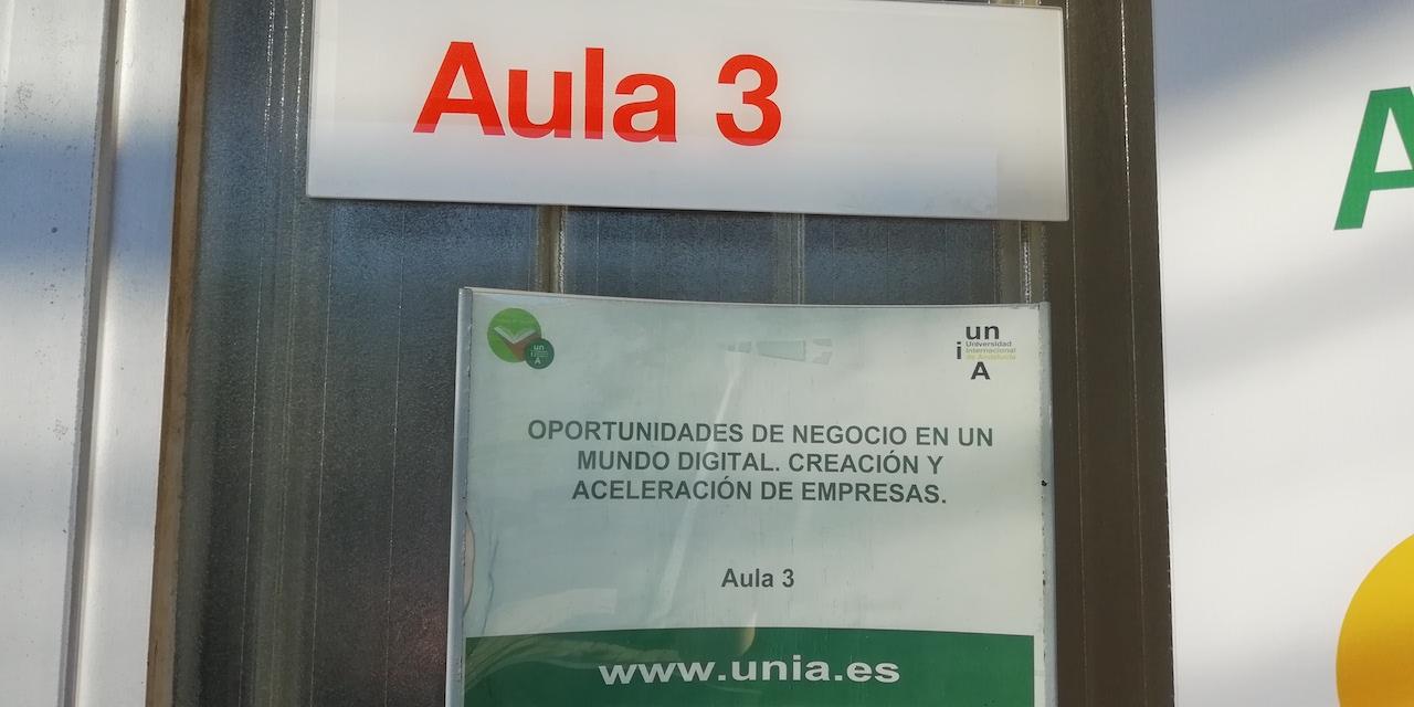 Modelos de negocio y métricas para startups UNIA