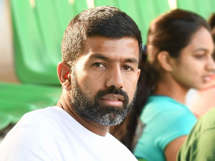 Rohan Bopanna in the face of great punishment!