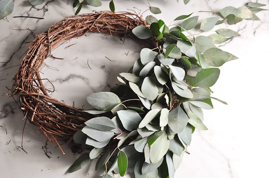 DIY Eucalyptus Wreath Tutorial-28