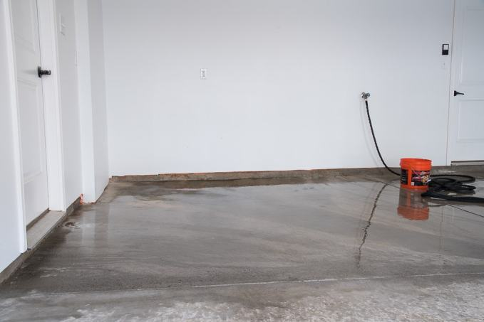 How to refinish a garage floor with rust oleum epoxyshield for Garage floor cleaner degreaser