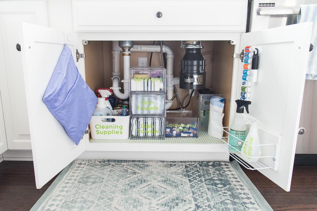 How to organize under the kitchen sink. Get rid of all the clutter and create & How to Organize Under the Kitchen Sink » Keys To Inspiration