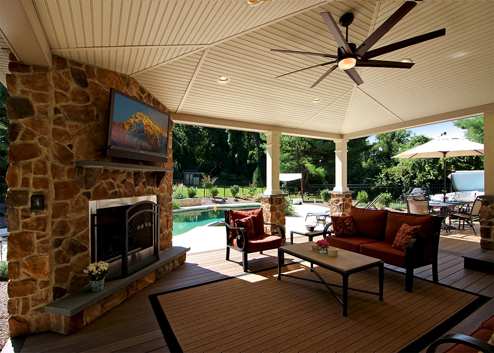 Outdoor Gas & Wood Burning Fireplace   Backyard Firepits on Outdoor Gas Fireplace For Deck id=17107