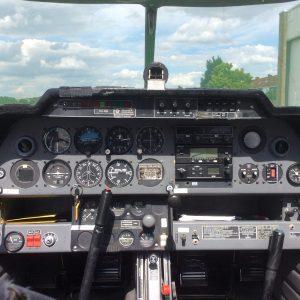 cockpit OO-FBI