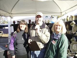 Judii Munn with Perry & Munn Pottery and Bob Connell and Becki  Dahlstedt talk about the Craft Market