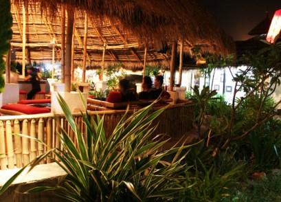 island-bar2