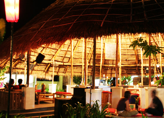 island-bar4