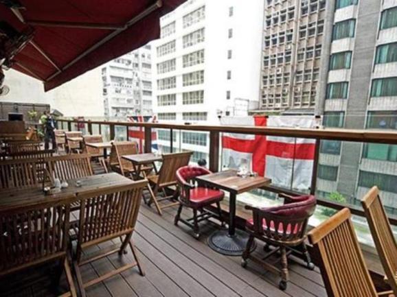 Trafalfar-Wan-Chai-HongKong-restaurant-Venue-Event-Space-Corporate-Dinner-Party-corporate-Birthday-Venuerific-1