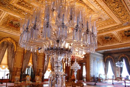 Dolmabahce-chandelier