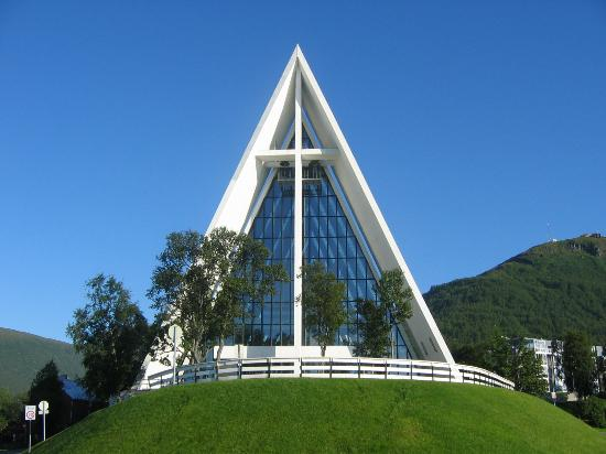 arctic-cathedral (1)