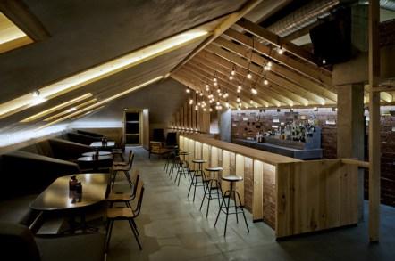 attic-bar-in-minsk-by-inblum-architects-o