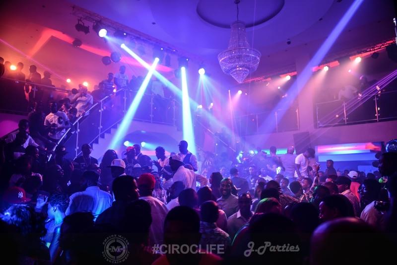 CirocLife-January-Edition-Escape-Night-Club-Lagos-BellaNaija.Photo-31-01-2015-15-44-41