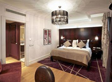 Kempinski-Hotel-Superior-Room-fit-the-grand-mark-prague-superior-room
