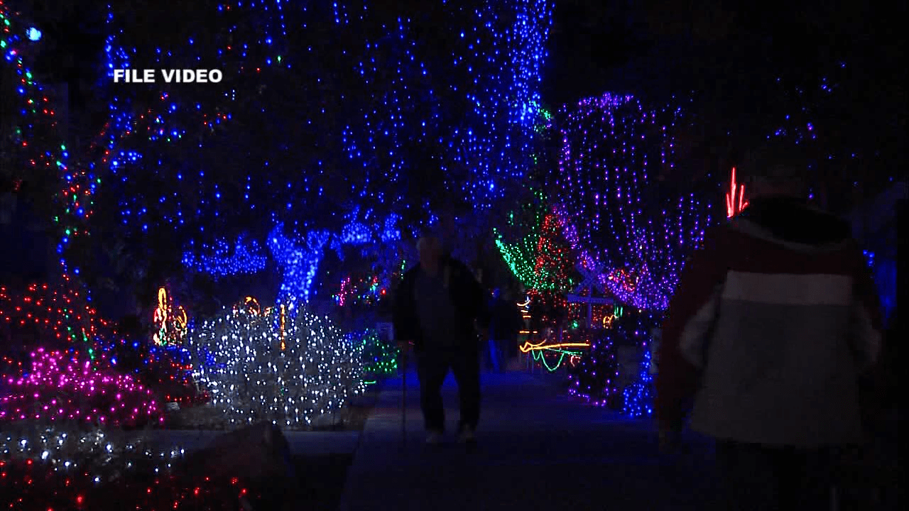 HOLIDAY LIGHTS AT CALM-VO_kgetf0a5_132.mpg_00.00.04.07_1511298991586.png
