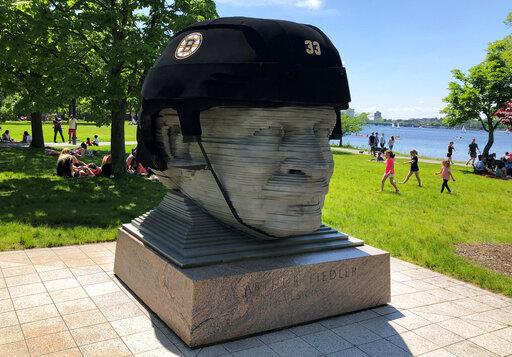 ODD Giant Bruins Helmet Hockey_1558993906060