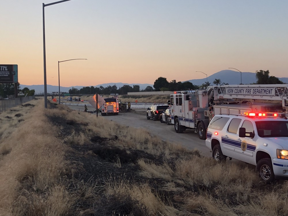 Car fire on Highway 58 leaves one man dead | KGET 17