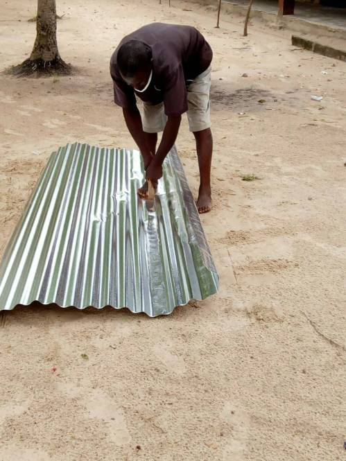 making gutters for water tank