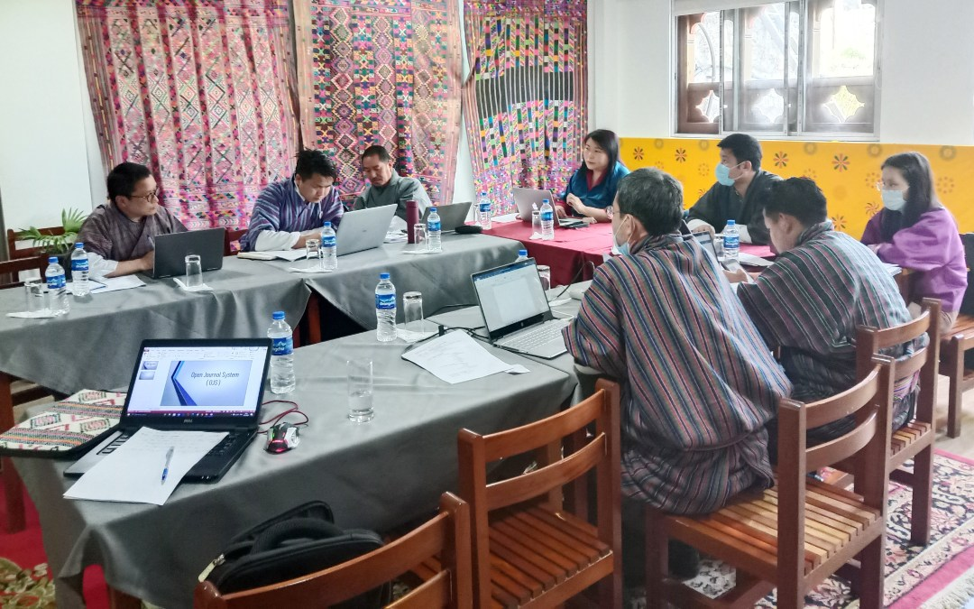 Training on Open Journal System