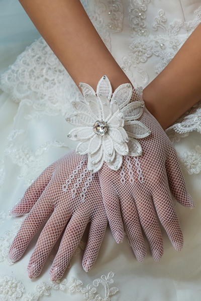 10- Nadine Kadoura -  Wedding Collection 2014.jpg
