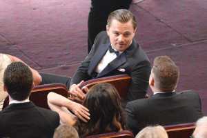 During-show-Leonardo-DiCaprio-chatted-up-his-Wolf-Wall-Street-300x200
