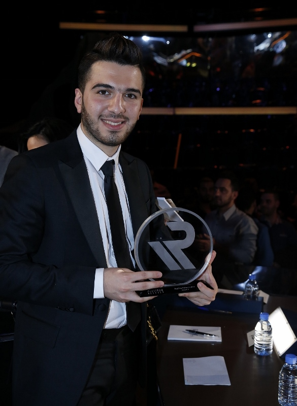 8 - MBC1 & MBC MASR Arab Idol S3 Finale - winner Hazem Sherif - Platinum Records Trophy (585x800)