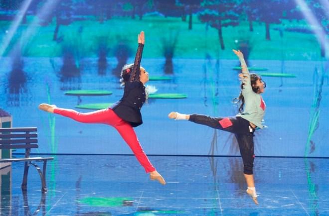 MBC4 & MASR Arabs Got Talent S4- Live 1- Winners Karen and Thelma (2) (800x526)