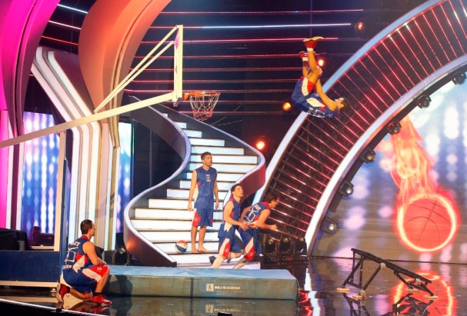MBC4 & MBC MASR Arabs Got Talent S4- Live 2- Winners- Crazy Dunkers (1) (800x542)