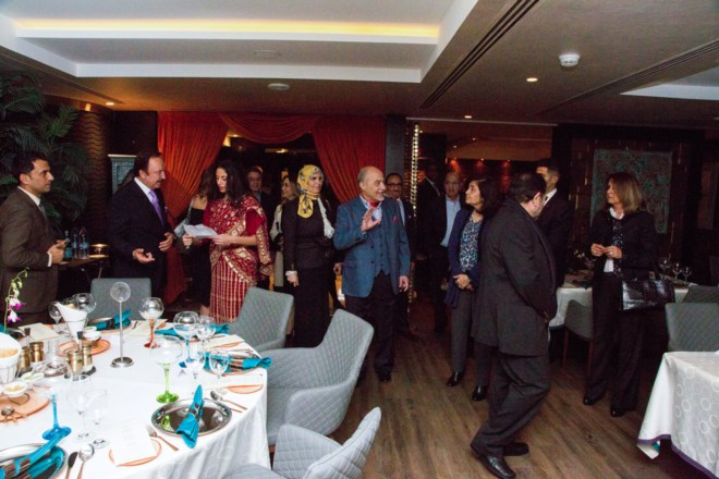 "Résultat de recherche d'images pour ""سفيرة الهند تفتتح مطعم ماسالا في فندق جراند ميلينيوم عمان"""