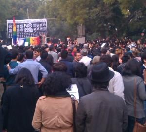 19-12-13 Desh Videsh - Global Day