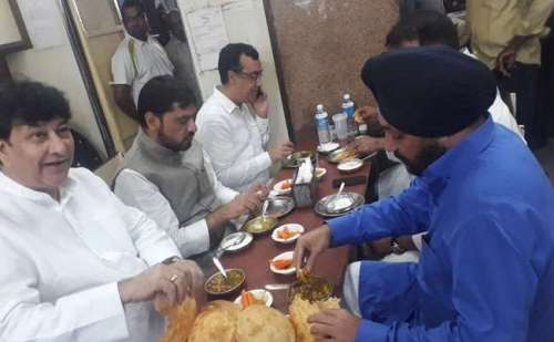 कांग्रेस नेता अरविंदर सिंह लवली ने खुद कबूली छोले भटूरे खा कर उपवास रखने की बात