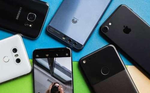 अगर लेना है नया फोन तो जल्दी करें, इन कंपनियों के फोन हो गए है सस्ते