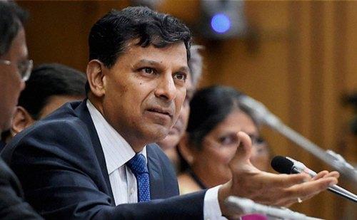 रिजर्व बैंक के पूर्व गवर्नर रघुराम राजन के अनुसार सरकार अच्छे से पेश नही कर पायी नोटबंदी