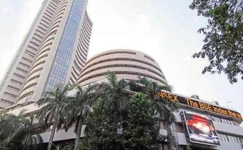 शेयर बाजार सेंसेक्स 20 अंक की बढ़त के साथ 35556 पर और निफ्टी10806 के स्तर पर हुआ बंद