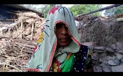 बंदूक की नोक पर चाचा ससुर ने किया महिला का बलात्कार