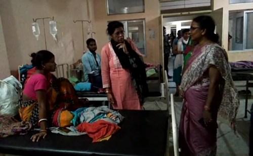 महिला आयोग की टीम ने किया सदर अस्पताल का निरीक्षण