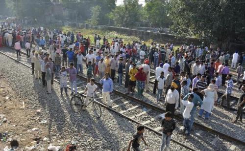 अमृतसर ट्रेन हादसा: रेलवे को सिक्योरिटी क्लीयरेंस नहीं दे रही पंजाब सरकार
