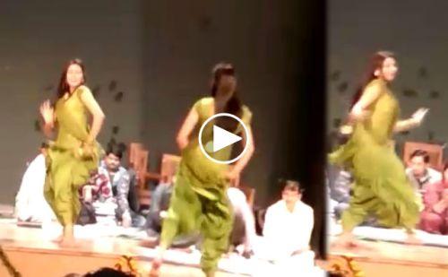 सोशल मीडिया पर वायरल हुआ शपथ-ग्रहण समारोह में महिला डांसर का प्रदर्शन