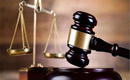 बेटी की हत्या पर न्याय के लिए भटक रहा परिवार