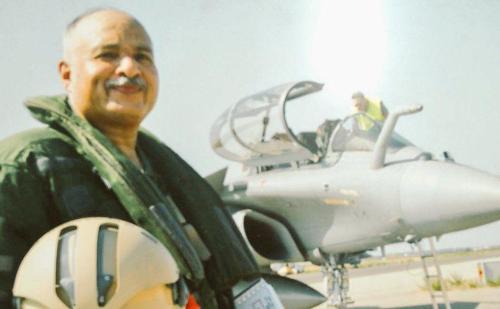 एयरफोर्स के डिप्टी चीफ एयर मार्शल रघुनाथ नंबियार ने की राफेल की तारीफ, कहा मैं इससे संतुष्ट हूं