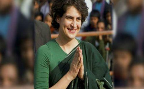 मैराथन बैठक के तुरंत बाद प्रियंका गांधी प्रयागराज के लिए हुईं रवाना