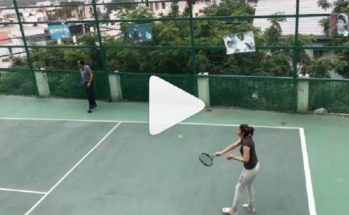 मां बनने के बाद पहली बार टेनिस कोर्ट में उतरी सानिया का वीडियो वायरल