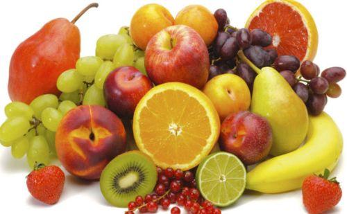 गर्मी में क्या खाएं जिससे आप रहें फिट और हेल्दी और क्या ना खाएं जिससे आपको बीमारी हो, जानने के लिए पढ़िए ये लेख…..