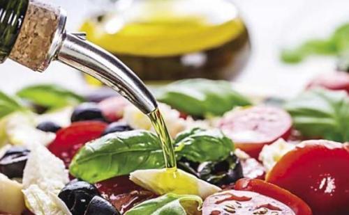 शरीर में कोलेस्ट्रॉल बढ़ाते हैं ये आहार, जानने के लिए पढ़िए ये लेख….