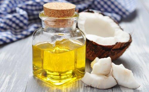 जानिए, नारियल तेल के चौंकाने वाले फायदें,जानने के बाद रोज करेंगे इस्तेमाल