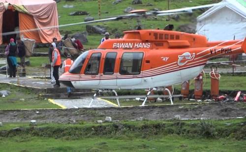 केदारनाथ यात्रा के लिए हवाई सेवा का लाभ नही ले पाएगें यात्री, उड़ाने बंद