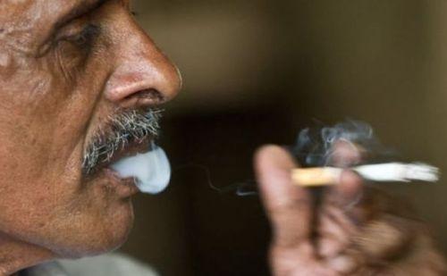 यदि आप धूम्रपान करते है तो आपको ये खाना है जरुरी, नहीं होगा कैंसर