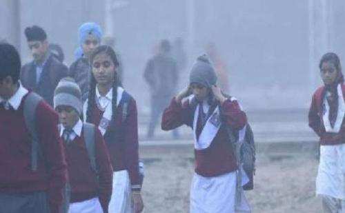 पूरे उत्तर भारत में ठंड का कहर जारी, लखनऊ में  24 दिसंबर तक स्कूल और कॉलेज बंद