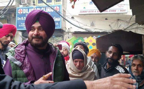 करतारपुर कॉरिडोर के उद्घाटन के बाद फिर दिखे नवजोत सिंह सिद्धू