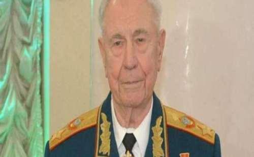 सोवियत संघ के अंतिम मार्शल दिमित्री याजोव का हुआ निधन