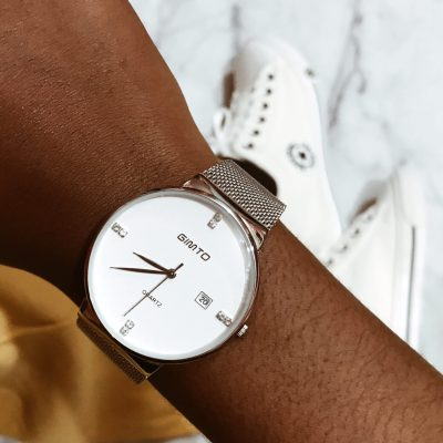 wristwatch-accessories-look-girly-geeky
