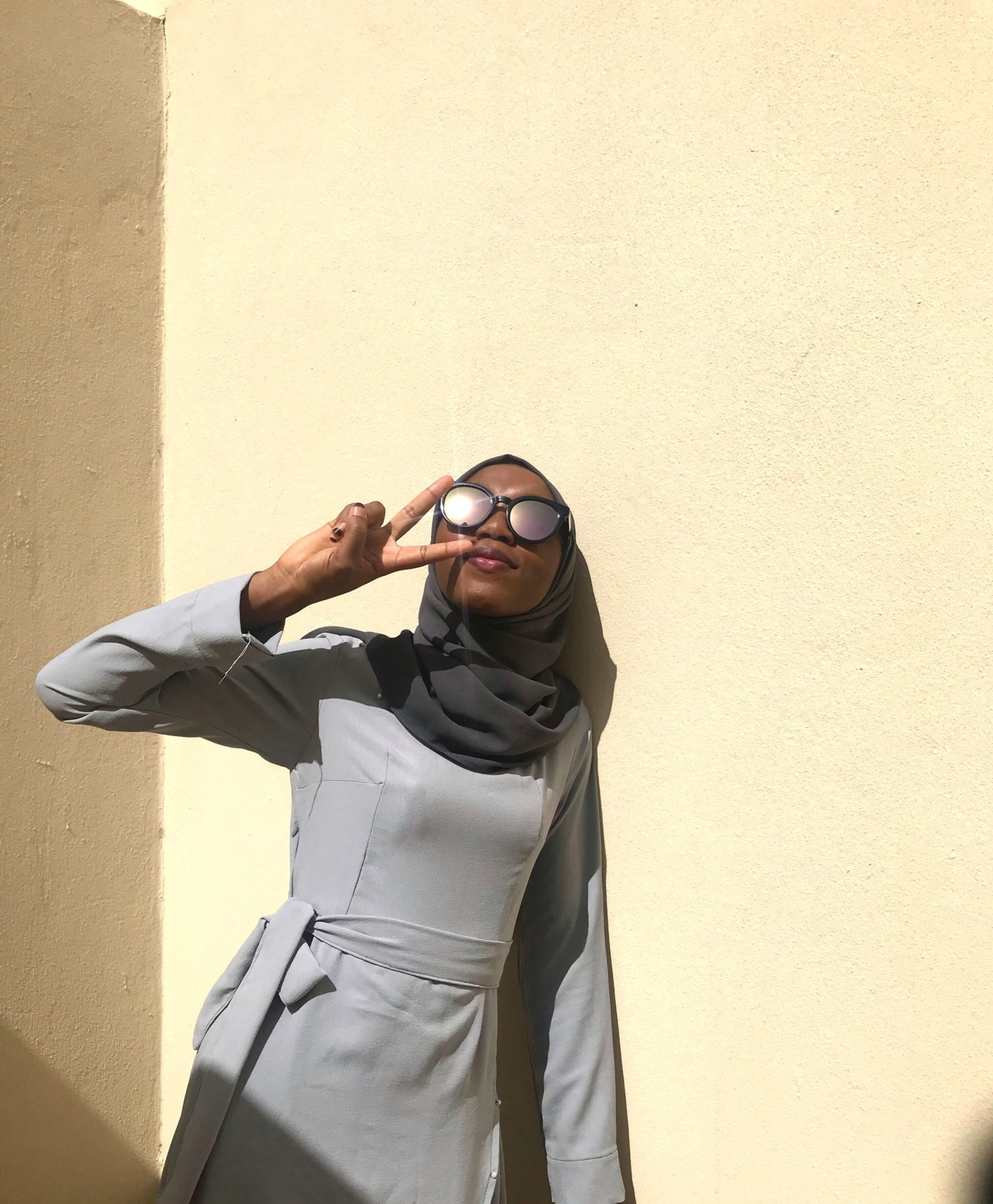 Muslim Modest Fashion Hack One Grey Wrap Dress Five Ways grey premium chiffon bintabadmus scarf blogpost khairahscorner love